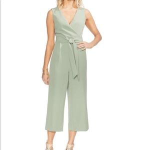 New VINCE CAMUTO SURPLICE BELTED JUMPSUIT 10